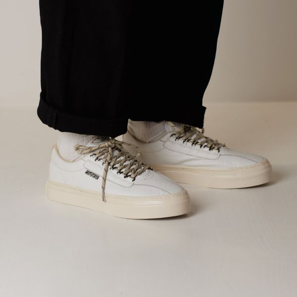 Stepney Workers Club Unisex Trainers Dellow Ramble Tumbled White Lifestyle