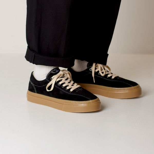 Stepney Workers Club Unisex Trainers Dellow Raw Suede Black/Gum Lifestyle
