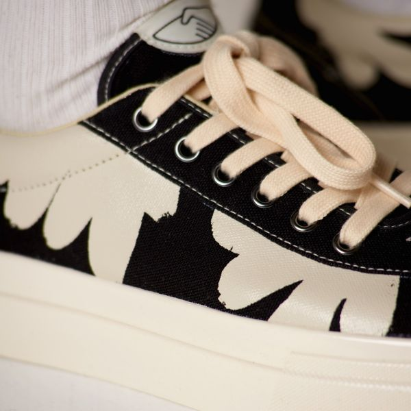 Stepney Workers Club Unisex Trainers Dellow Shroom Hands Black Close Up