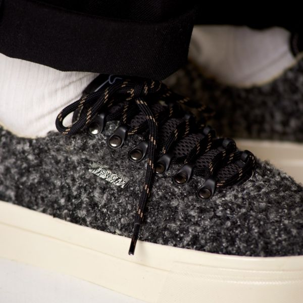 Stepney Workers Club Unisex Trainers Dellow Ramble Boucle Charcoal Close Up